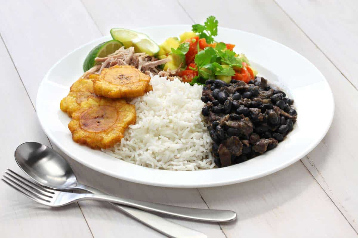 cuban food travelling